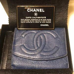 💕 Preloved Vintage Caviar - Chanel Compact Wallet